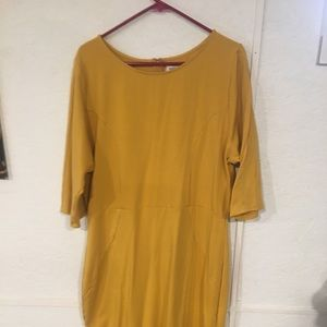 Yellow body con dress from unique vintage